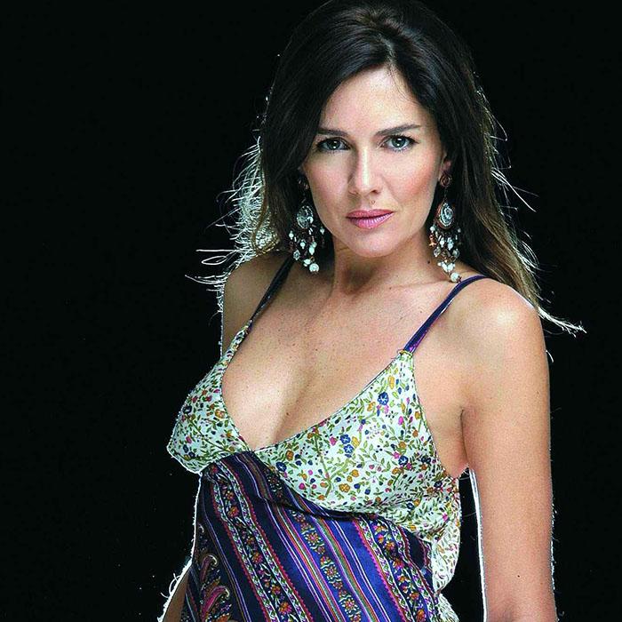 Andrea Frigerio nude 885