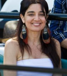 Contratar Veronica Varano (011-4740-4843) Onnix Entretenimientos