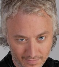 Contratar Andy Kusnetzoff (011-4740-4843) Onnix Entretenimientos