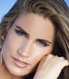 Contratar Fabiana Leis (011-4740-4843) Onnix Entretenimientos