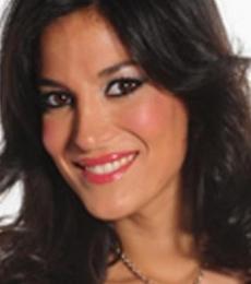 Contratar A Silvina Escudero (011-4740-4843) Onnix Entretenimientos