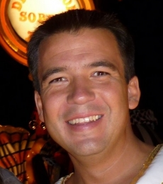 Contratar Gaston Recondo (011-4740-4843) Onnix Entretenimientos