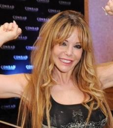 Contratar Graciela Alfano (011-4740-4843) Onnix Entretenimientos