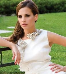 Contratar A Sabrina Garciarena (011-4740-4843 Onnix Entretenimientos