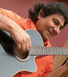 Contratar Mario Alvarez Quiroga (011-4740-4843) Onnix Entretenimientos