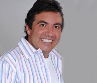 Contratar Diego Perez (011-4740-4843) Onnix Entretenimientos