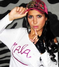 Contratar Nena Mala (011-4740-4843) Onnix Entretenimientos