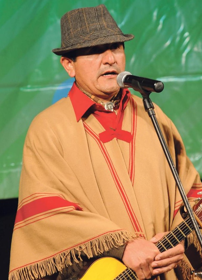 Contratar Pochi Chavez (011-4740-4843) Onnix Entretenimientos