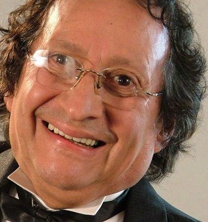 Contratar Julio Vaca Chicharron (011-4740-4843) Onnix Entretenimientos