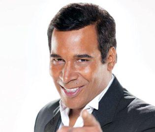 Contratar Julio Sabala (011-4740-4843) Onnix Entretenimientos