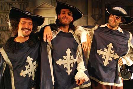 Contratar Los Tres Mosqueteros Show Infantil (011)4740 4843 Onnix Entretenimientos