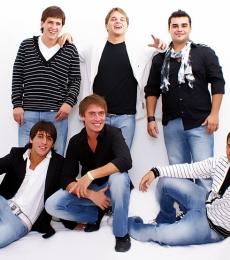 Contratar Los Totora (011-4740-4843) Onnix Entretenimientos
