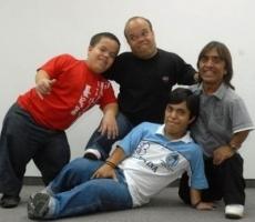 Los_grosos_christian_manzanelli_representante_artistico_contratar_sitio_oficial_los_grosos (2)