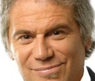 Contratar Beto Casella (011-4740-4843) Onnix Entretenimientos