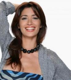 Contratar Carla Conte (011-4740-4843) Onnix Entretenimientos
