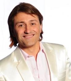 Contratar Daniel G. Rinaldi (011-47404843) Onnix Entretenimientos
