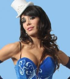 Contratar A Laura Fidalgo (011-4740-4843) Onnix Entretenimientos