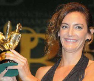 Contratar Luciana Aymar (011-4740-4843) Onnix Entretenimientos