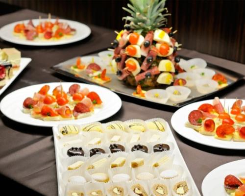 contrata el catering en christian manzanelli representante artistico (3)